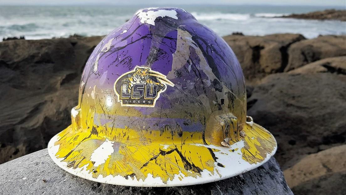 Encuentran en las costas de Irlanda un casco perdido en el río Misisipi