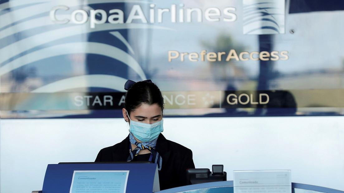 Investigan a médico que tosió en la cara de empleada de Avianca