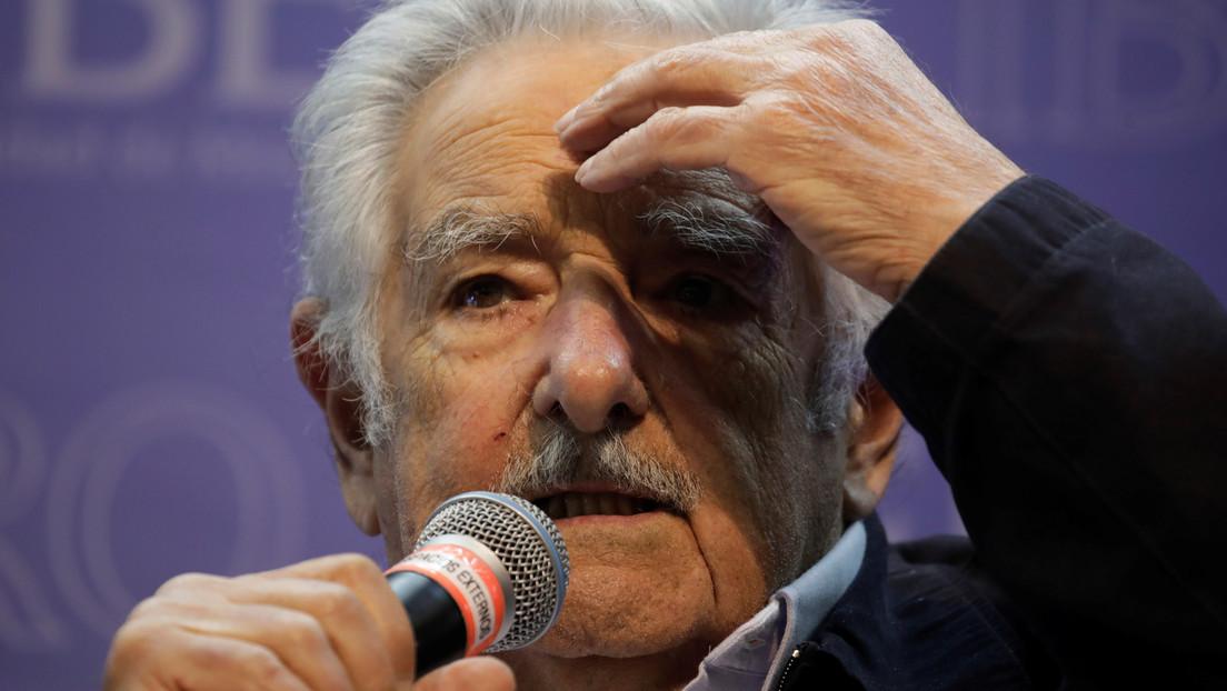 José Mujica y su esposa colocan un letrero en la puerta de su casa para no recibir visitas (FOTO)