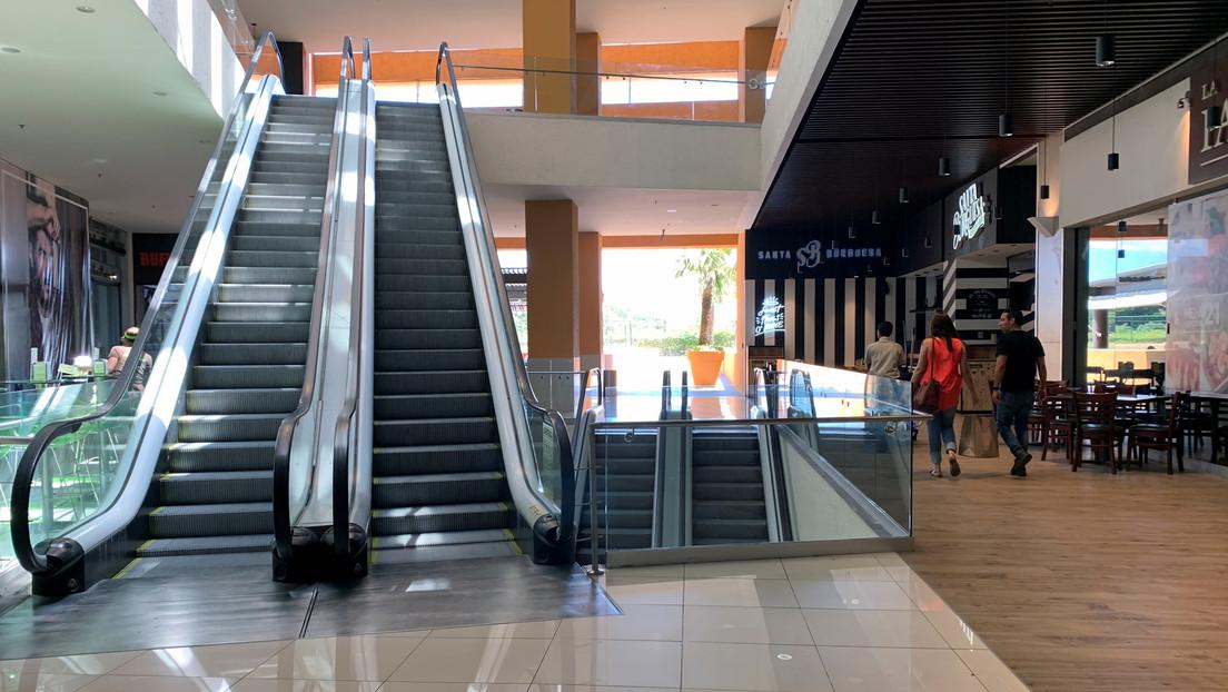 Bukele decreta el cierre total de todos los centros comerciales de El Salvador