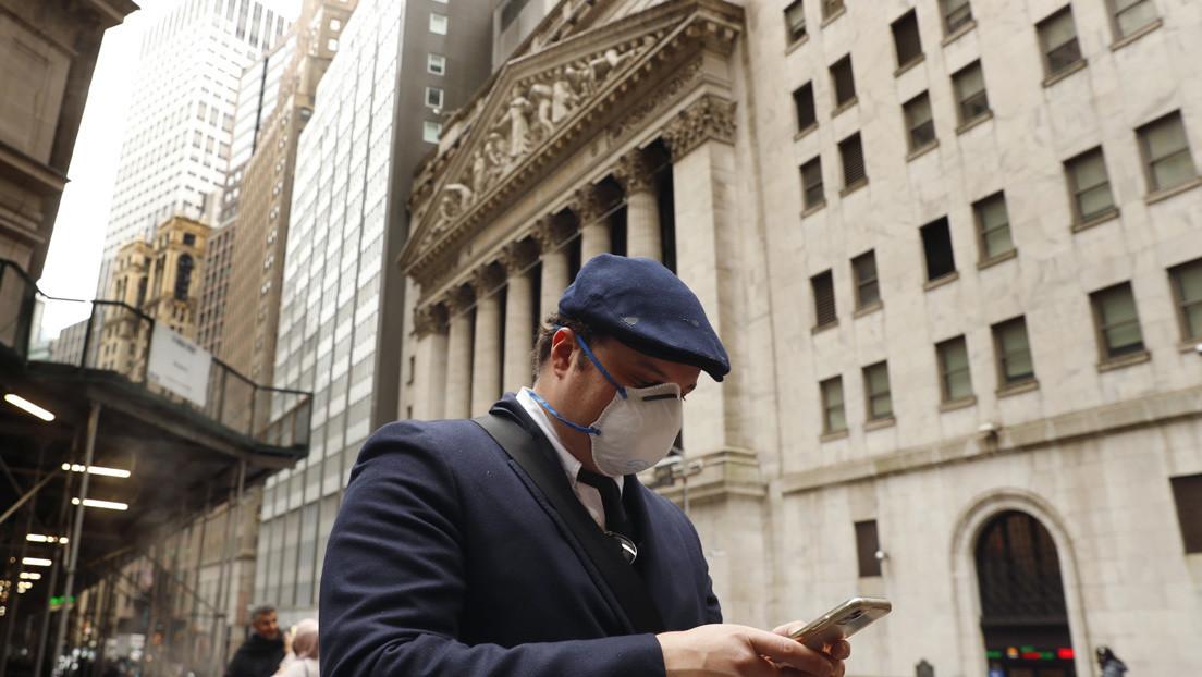 El Dow Jones cae 913 puntos y Wall Street firma su peor semana desde 2008