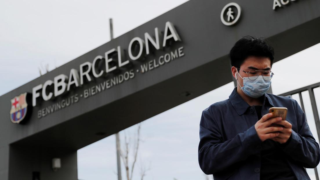El FC Barcelona busca acordar una reducción salarial con sus jugadores y el cuerpo técnico