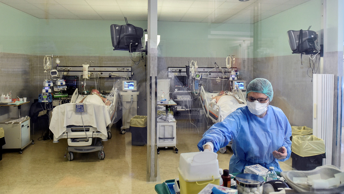 601 nuevas muertes por coronavirus en Italia elevan el total a 6.077