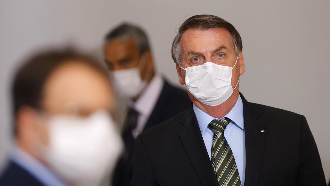 Bolsonaro revoca la norma que permitía suspender por 4 meses el salario a los trabajadores, un día después de promulgarla en medio de la pandemia