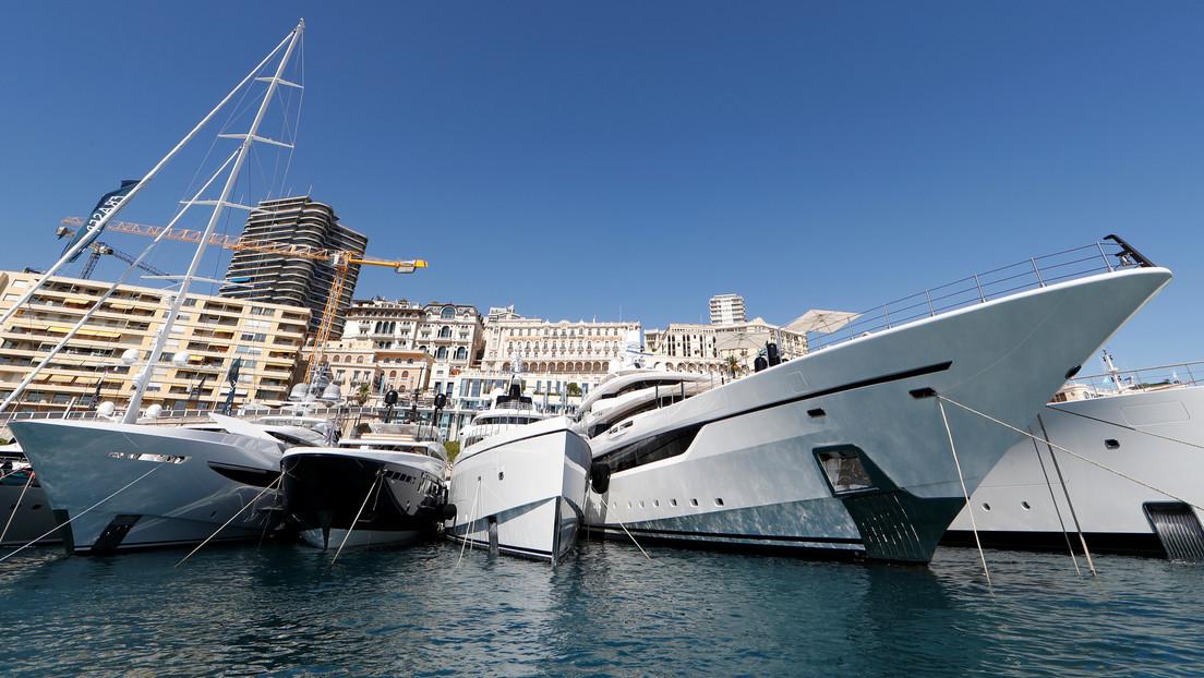 Los multimillonarios buscan refugio contra el coronavirus fletando yates en alta mar