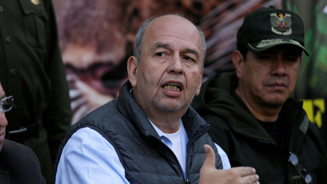 """Ministro de Gobierno de facto de Bolivia amenaza con apresar a funcionarios que """"hagan política"""" durante la emergencia por el coronavirus"""