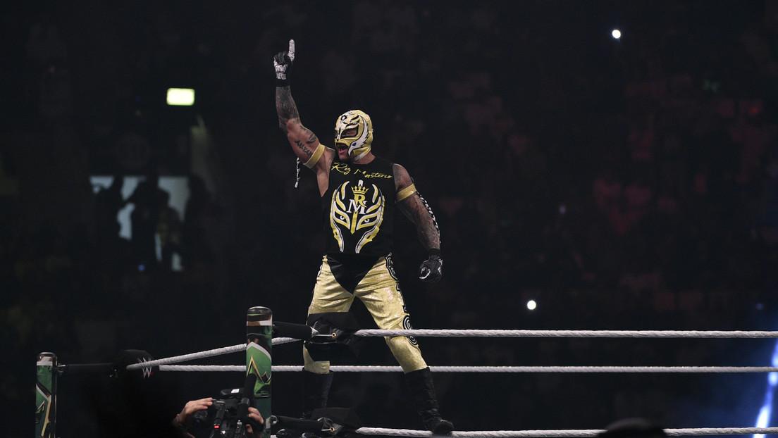 El luchador de la WWE Rey Mysterio cumple cuarentena por la pandemia de covid-19 y se perderá el WrestleMania 36