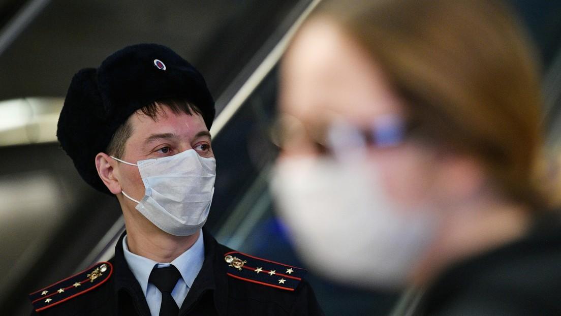 Rusia contempla introducir multas millonarias y penas de prisión para las violaciones de la cuarentena por el coronavirus