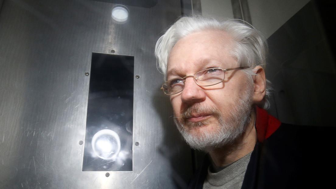 Niegan la libertad bajo fianza a Assange, solicitada por temor al coronavirus en prisión