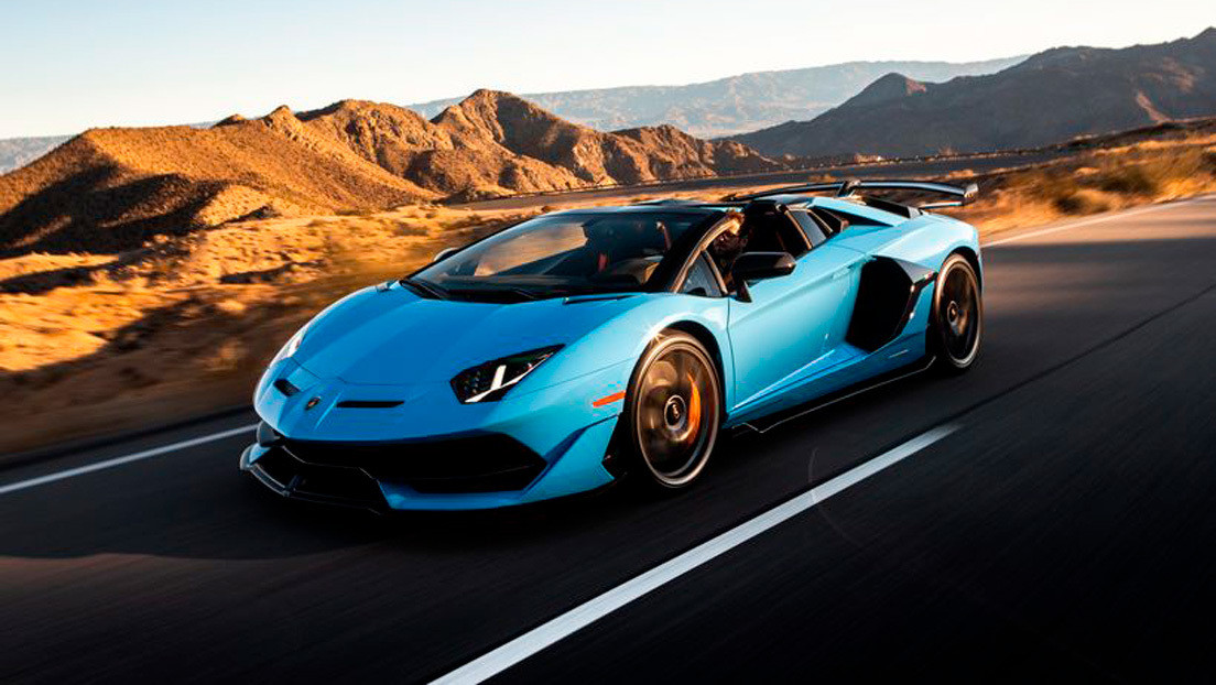 A fault in the doors of the Lamborghini Aventador can leave its owners trapped