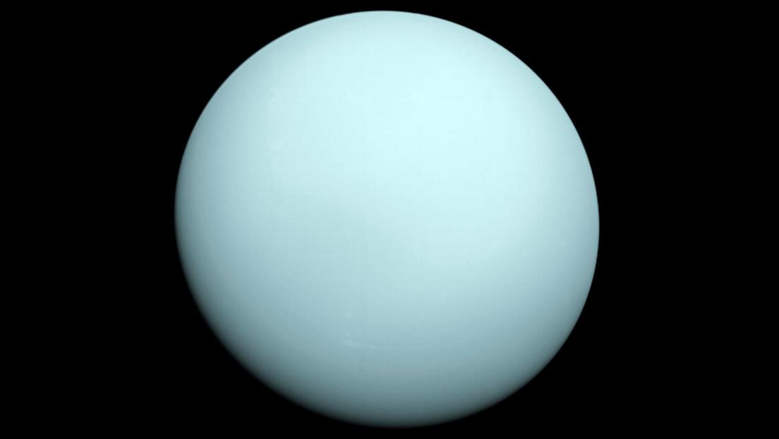 Descubren el secreto del extraño entorno magnético de Urano