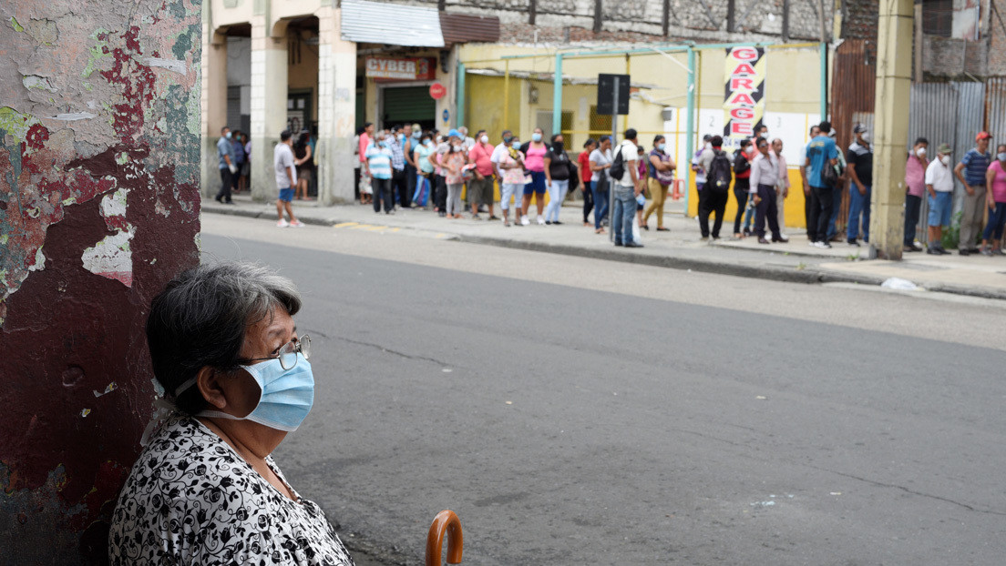 El número de fallecidos se eleva a 36 en Ecuador y hay 1.595 casos confirmados de covid-19