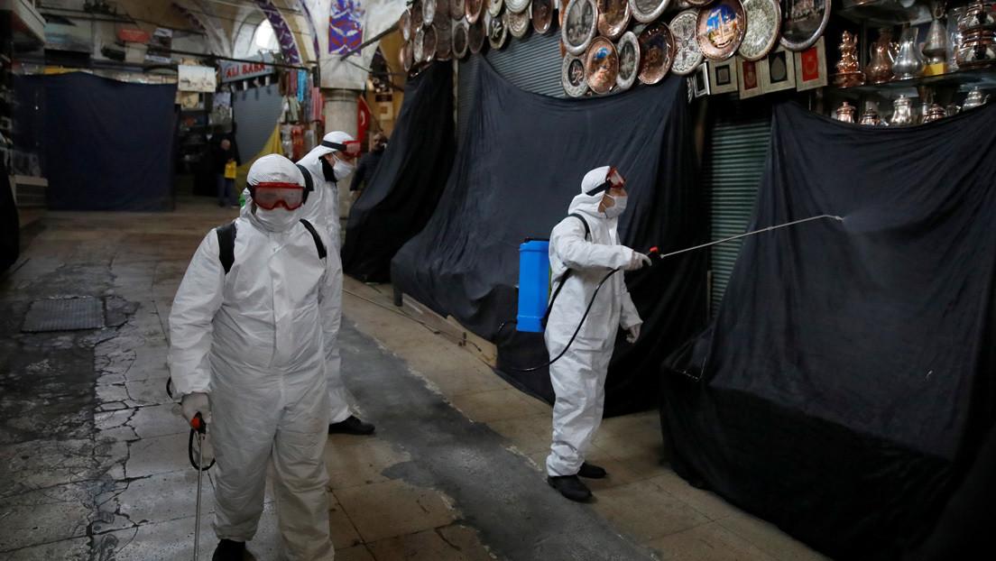 Erdogan refuerza su plan contra el coronavirus e insta a cumplir con la cuarentena para evitar medidas más estrictas