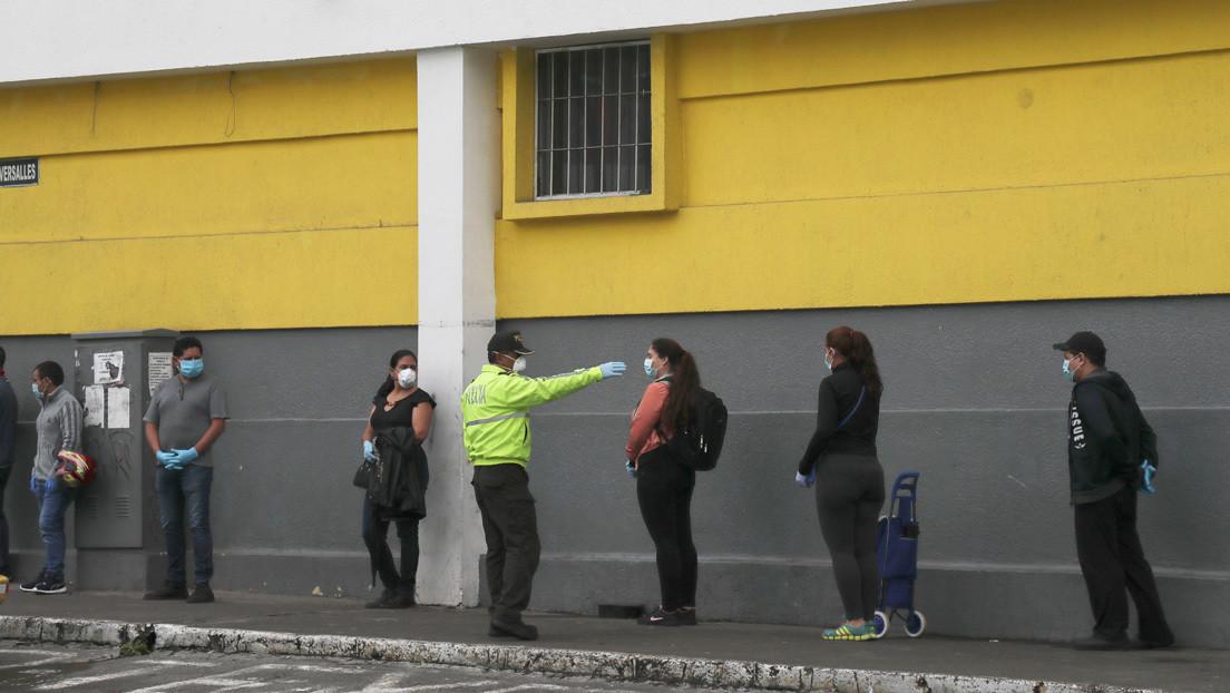 Cadáveres apilados en hospitales y fallecidos en sus casas: la lucha de Ecuador para dar sepultura a los muertos de coronavirus