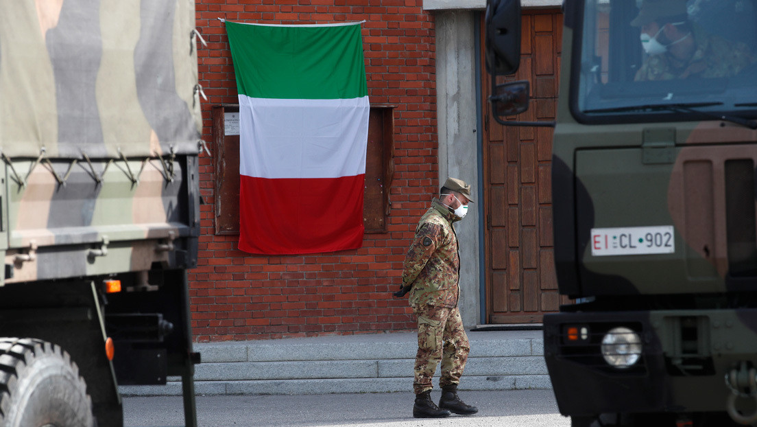 """Jefe policial de Bérgamo: """"No hay espacio para más féretros en el norte de Italia, hay que trasladarlos hacia el sur"""""""