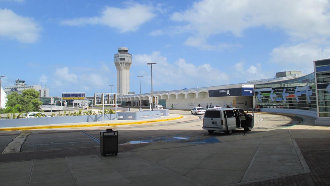 Una falsa alarma de bomba obliga a detener el despegue de un avión en Puerto Rico
