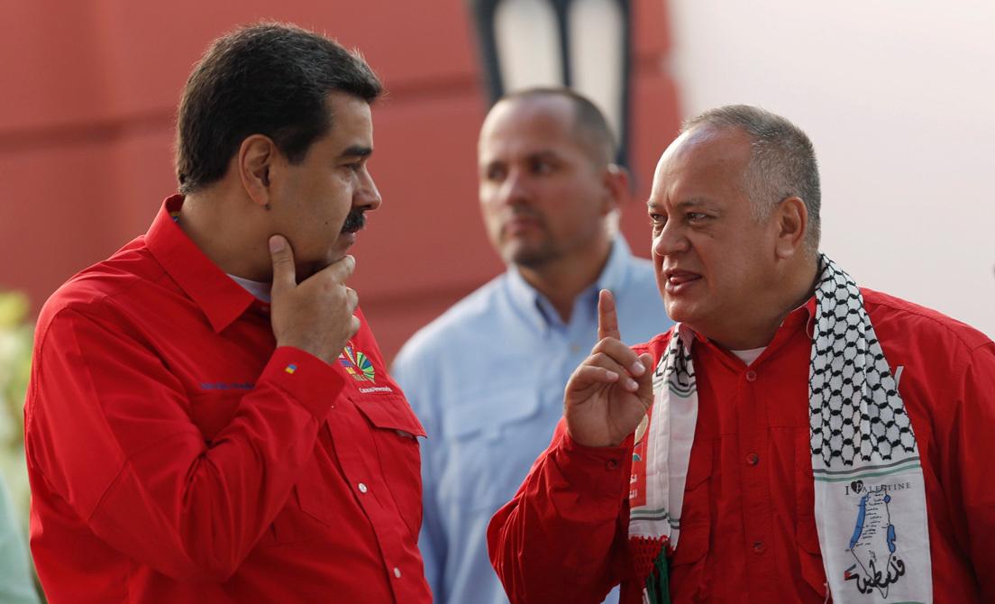 %name EE.UU. presenta cargos por narcoterrorismo y corrupción contra Maduro y ofrece 15 millones de dólares por atraparlo