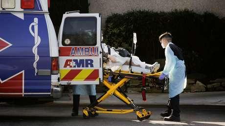 Gobernador de California declara estado de emergencia tras la confirmación de 53 casos de coronavirus