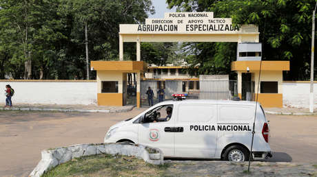 FOTOS: Nuevas imágenes de Ronaldinho desde la prisión paraguaya donde permanece por viajar con pasaporte falso