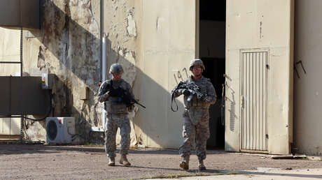 """Trump autoriza al Pentágono a """"hacer lo que tiene que hacer"""" en respuesta al mortífero ataque contra su base en Irak"""