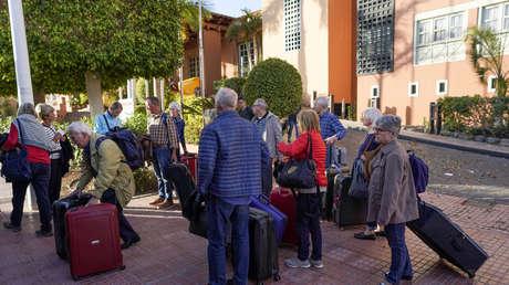 """, Se caen las reservas en los hoteles españoles por el """"tsunami"""" del coronavirus"""
