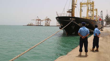 La coalición liderada por Arabia Saudita afirma que interceptó dos botes hutíes con explosivos