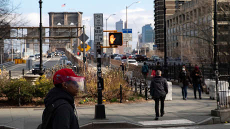"""""""Es increíble lo rápido que está creciendo"""": El alcalde de Nueva York confirma 923 casos de covid-19"""