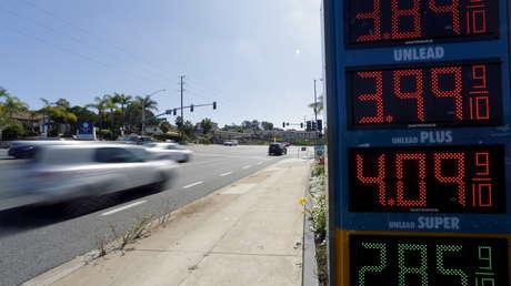 El precio del petróleo cae al nivel más bajo desde 2002