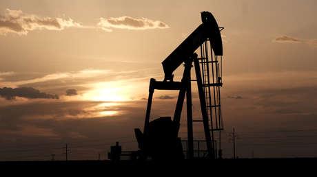 Los precios del petróleo podrían caer por debajo de cero, advierte un inversionista de Wall Street