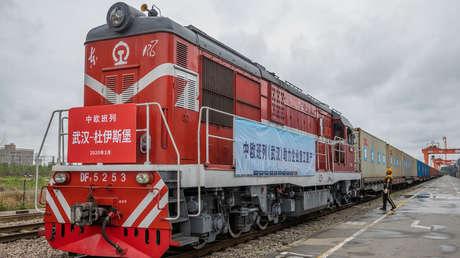 Un tren con suministros médicos sale de Wuhan hacia Europa para combatir el covid-19