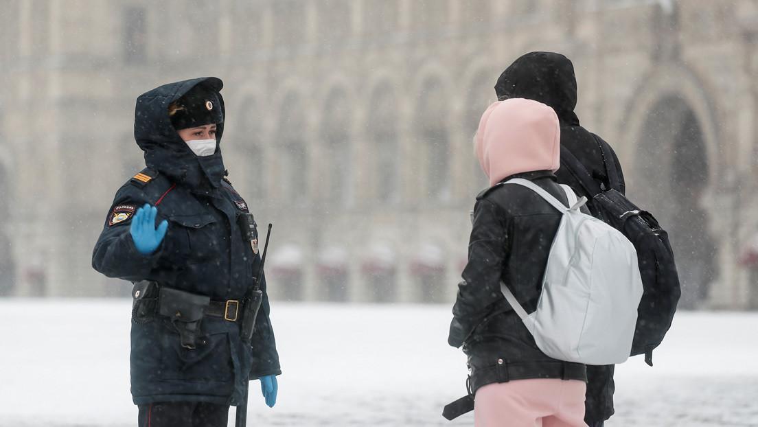 Putin firma la ley que estipula 7 años de prisión por violación de la cuarentena