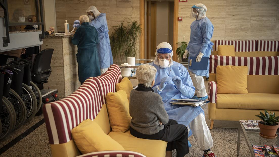 """""""Estimaciones más realistas"""": Los infectados con covid-19 en Italia pueden alcanzar los 3,3 millones"""