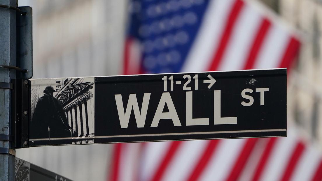 Caen los índices bursátiles en EE.UU. tras conocerse los últimos datos récord de aumento del paro