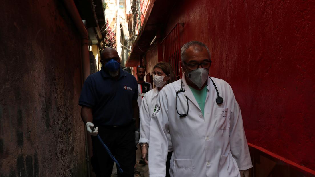 Ministerio de Salud de Brasil afirma que una mujer murió con coronavirus un mes antes de que se detectara el primer caso