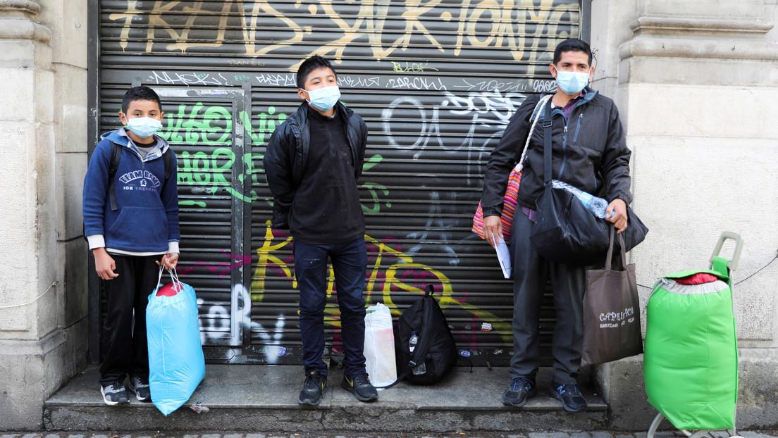 La alcaldesa de Barcelona insiste en que se deje salir a los niños cuando pase el pico de contagios de coronavirus