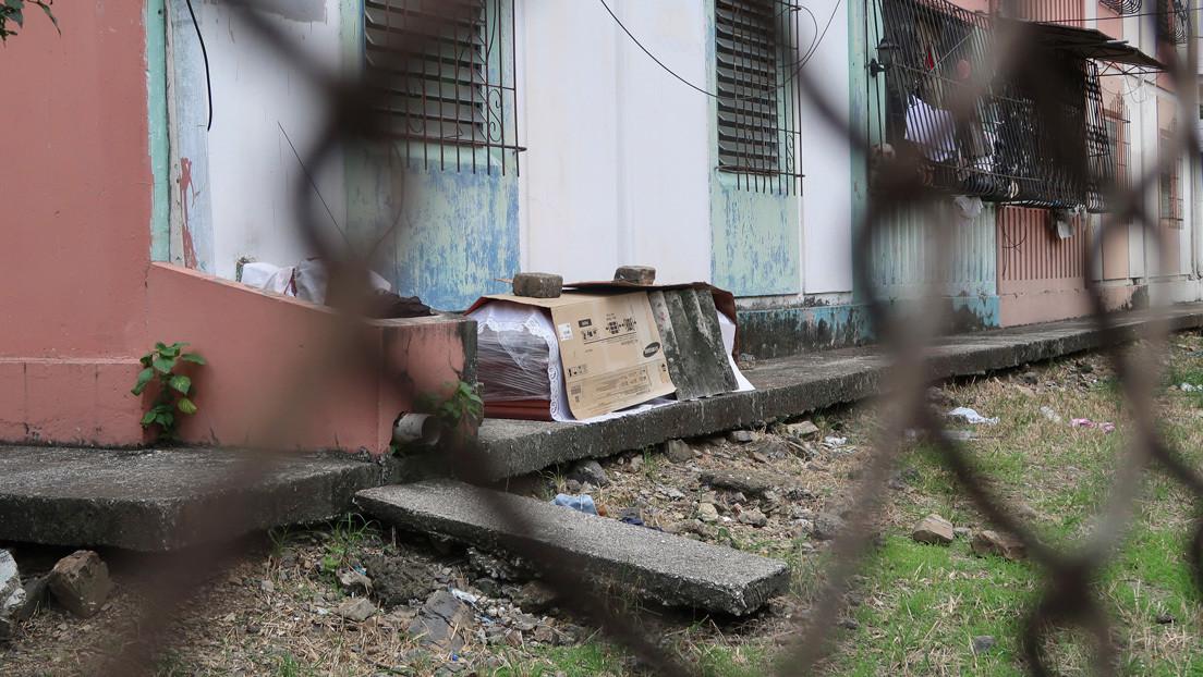 """""""Tenemos 7 días con un cadáver en Guayaquil"""": Los gritos de auxilio tras cada tuit del funcionario ecuatoriano encargado de los muertos en la pandemia"""