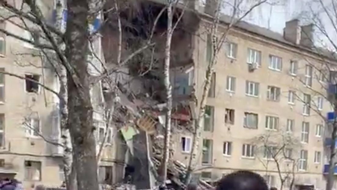 Una explosión derrumba parte de un edificio residencial en la región de Moscú (VIDEO, FOTOS)