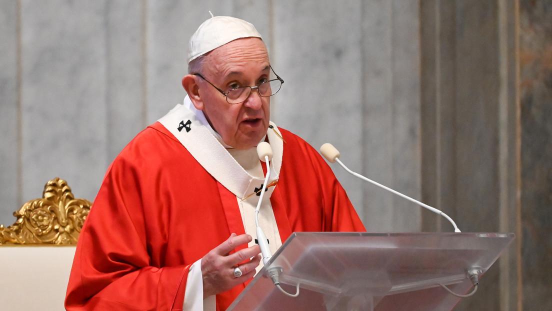 VIDEO: El papa Francisco oficia en el Vaticano la misa de Domingo de Ramos, la primera de la historia sin público