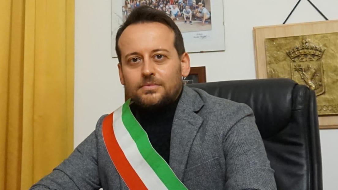"""Un alcalde italiano a los que violan la cuarentena: """"¿En serio tienen alguna neurona en la cabeza?"""""""