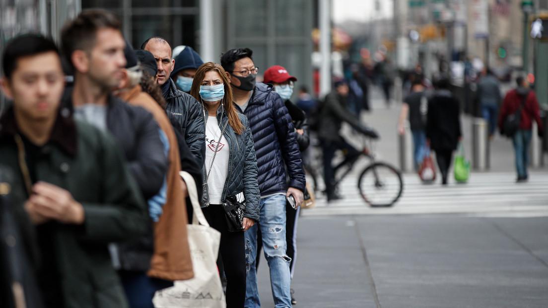 """""""Solo han pasado 37 días"""": el gobernador de Nueva York recuerda que la gripe española alcanzó su pico tras seis meses"""