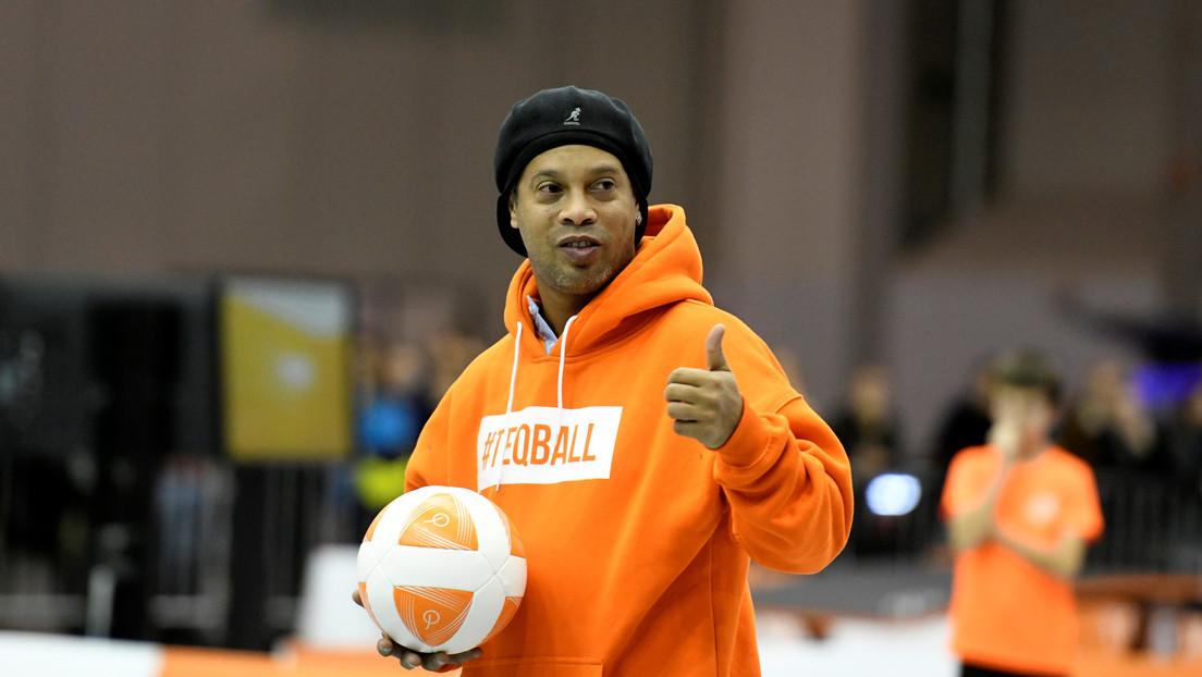 Ronaldinho deja la prisión tras concedérsele el arresto domiciliario