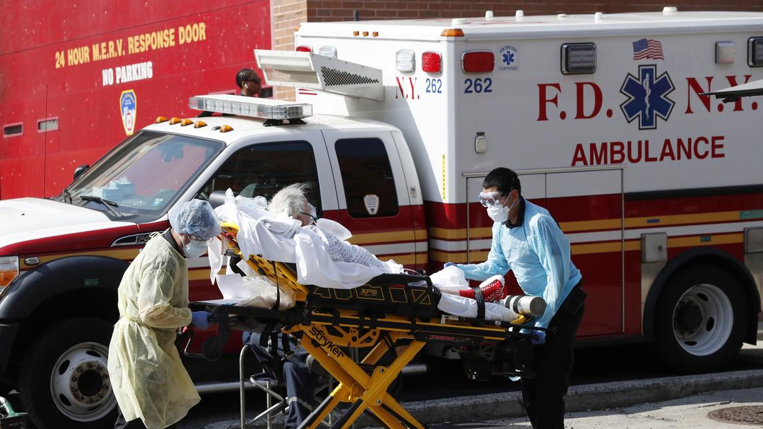 """Mike Pence informa de """"evidencias de estabilización"""" en las áreas más afectadas por el covid-19 en EE.UU."""