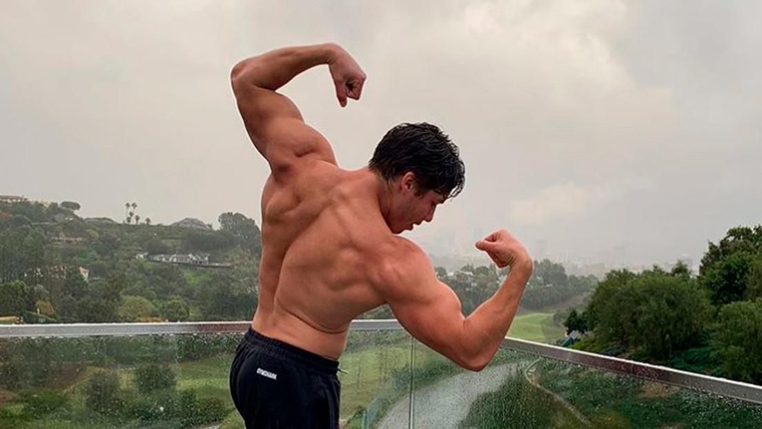 El hijo de Arnold Schwarzenegger publica una foto copiando una emblemática postura de su padre