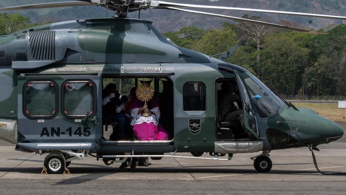 Bendiciones desde helicópteros, misas virtuales, procesiones en claustro: la Semana Santa en tiempos de coronavirus en América Latina