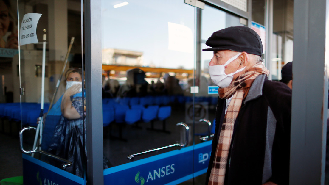 Argentina confirma diez nuevas muertes por coronavirus y otros 99 contagios