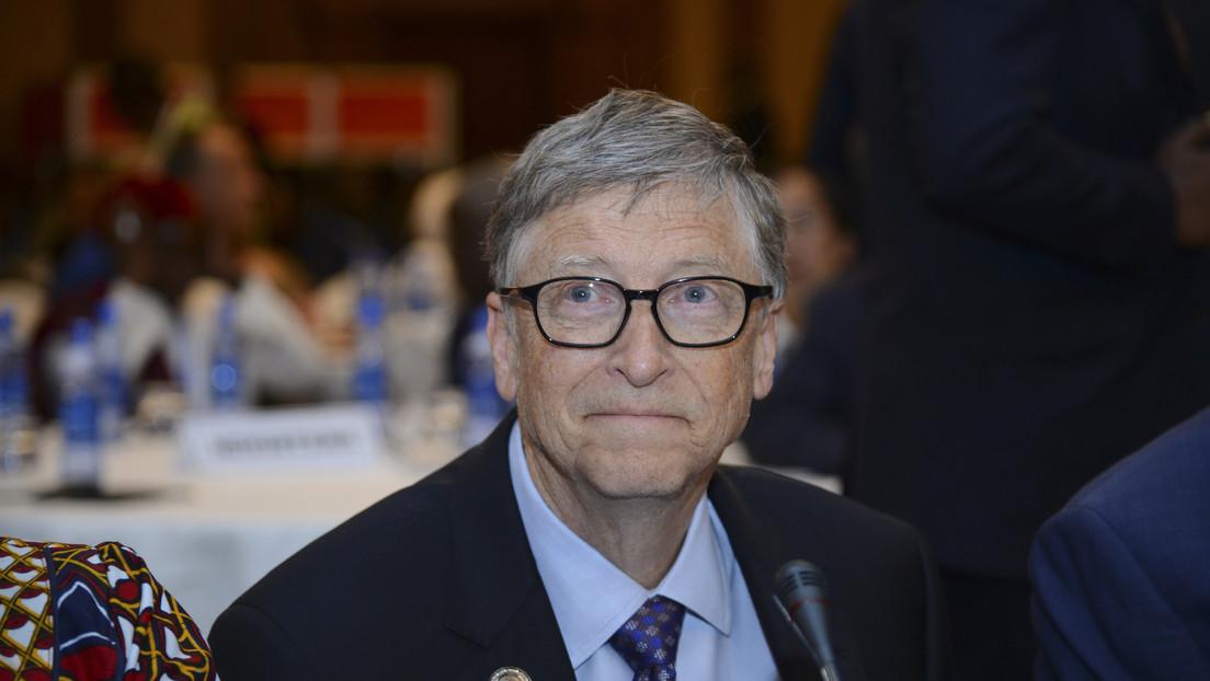"""Gates: """"Las escuelas podrían reabrir en otoño, pero nadie tiene una varita mágica para arreglar la economía de EE.UU."""""""