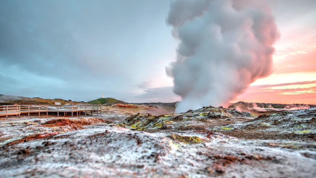 """Entra en erupción una región volcánica de Islandia que podría estar activa """"durante varias generaciones"""""""