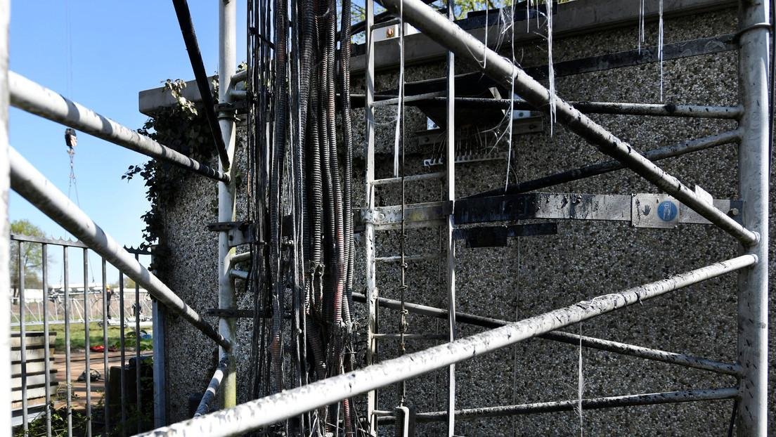 Incendian mástiles de telefonía en Países Bajos luego que 20 torres fueran destrozadas en Reino Unido por creer que la red 5G causa el covid-19
