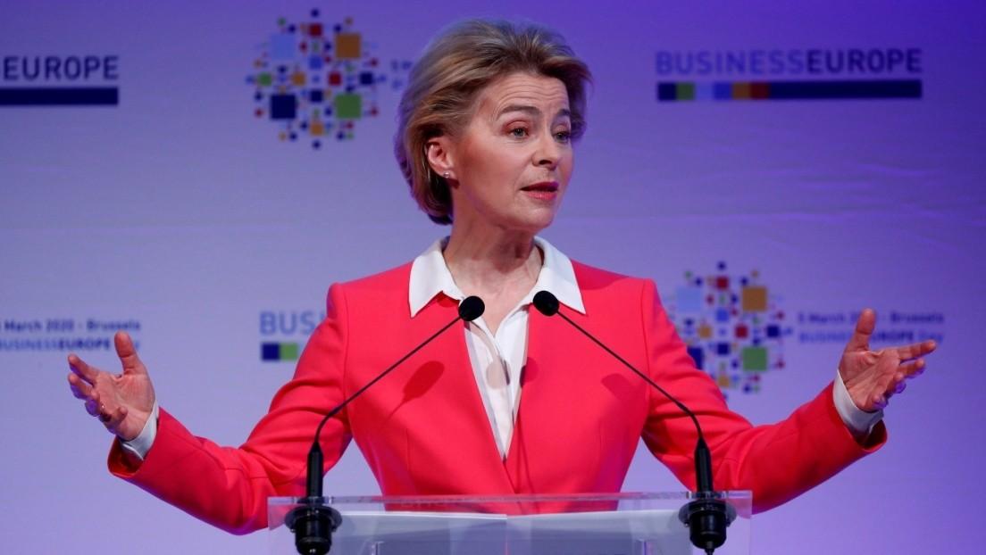 La presidenta de la Comisión Europea desaconseja planear viajes para julio y agosto