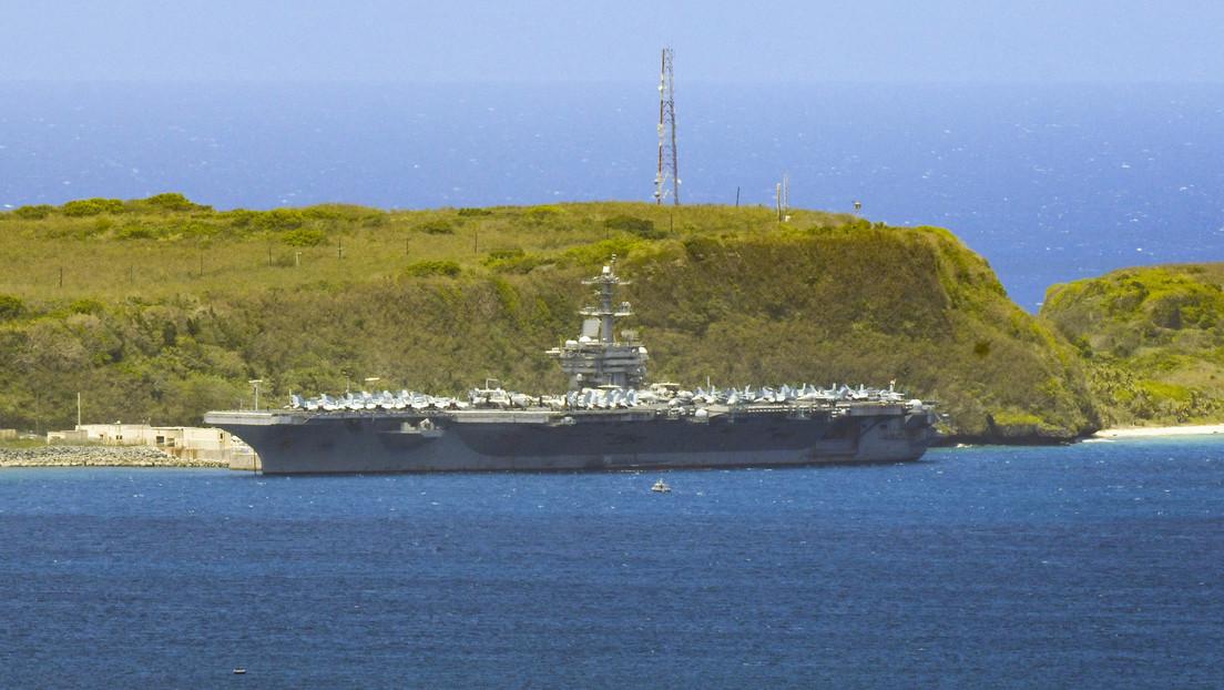 Muere un marinero que contrajo coronavirus en el portaviones estadounidense USS Theodore Roosevelt